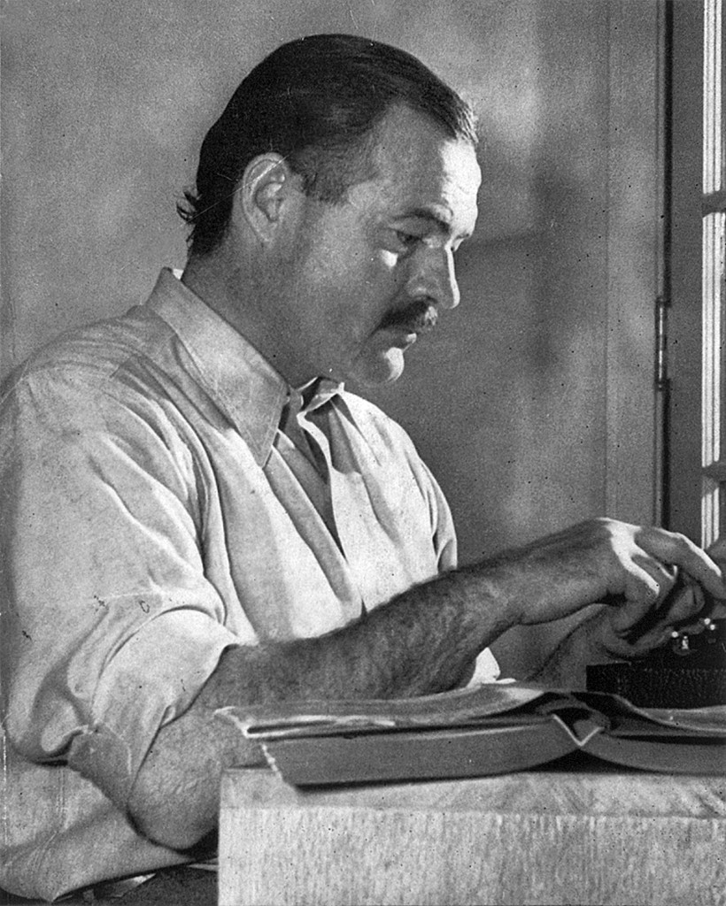 CourLloyd Arnold - http://www.phoodie.info/2013/07/19/from-the-desk-of-ernest-hemingway-this-weekend-cuba-libre-celebrates-my-birthday/, Public Domain, https://commons.wikimedia.org/w/index.php?curid=1456168